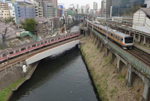77Stations-Rail01_900